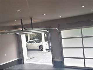 Avoid Costly Garage Door Repairs | Garage Door Repair Oak Park, IL